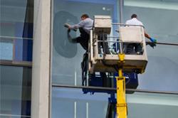 Fensterreinigung-BOSA-Gebäudereinigung